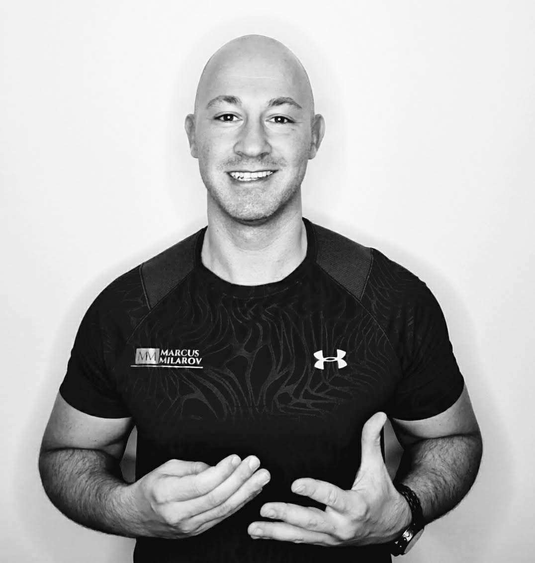 Marcus Milarov - Experte für Gewichtsreduktion Personal Trainer Berlin